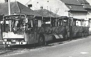 Ethnic clashes of Târgu Mureș - Destroyed buses