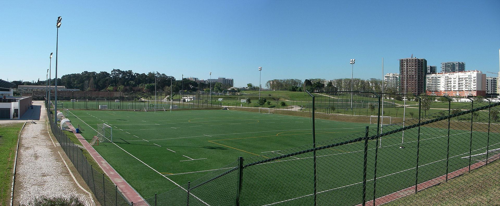 Est dio universit rio de lisboa wikipedia for Puerta 9 estadio universitario