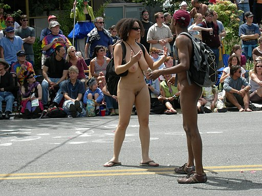 Fremont Solstice Parade 2007 - naked couple 03