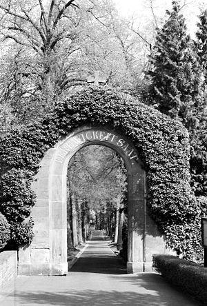 Kirn - Auf der Schanze – graveyard; graveyard gate