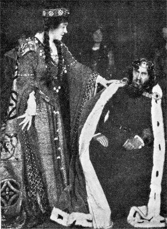 Rosencrantz and Guildenstern (play) - W. S. Gilbert and Marion Terry in Rosencrantz and Guildenstern, 1908