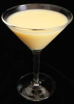 Godlen-Dream Mixed Drink Cocktail (2360538105).jpg