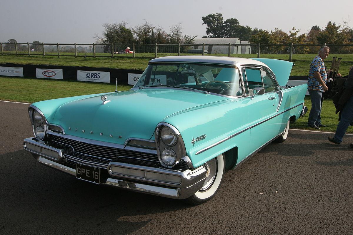 Lincoln Motor Company >> Lincoln Futura — Wikipédia