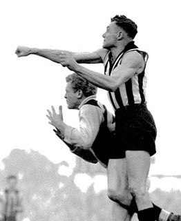Gordon Hocking Australian rules footballer, born 1919