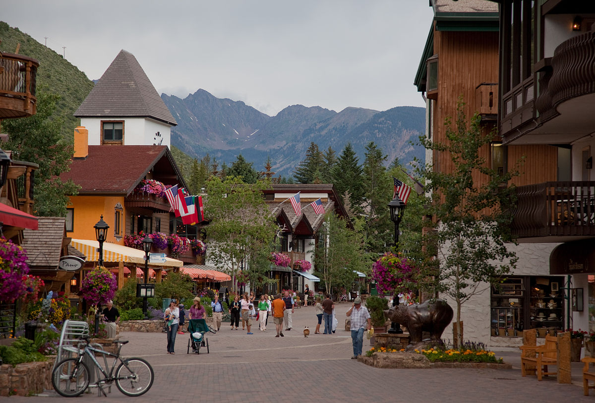 Hotels Near Keystone At The Crobing