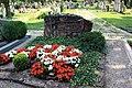 Grabstein Ganzenmüller Leonhardsfriedhof.jpg
