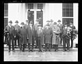 Group at White House, Washington, D.C. LCCN2016890776.jpg