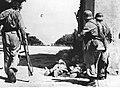 Grupa rozpoznawcza niemieckich spadochroniarzy podczas akcji na froncie włoskim (2-2370).jpg