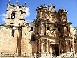La Asunción de la Virgen María church (15th-17th century)