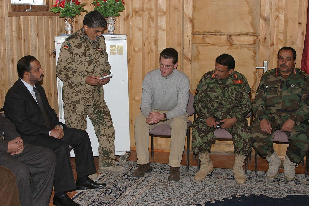 Guttenberg visited the provincial reconstruction team in Kunduz Province.jpg