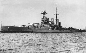 HMS Tiger (1913) - HMS Tiger after 1918 configuration, with mainmast ahead of third funnel.