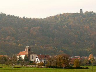 Haegen - Haegen overlooked by the Château du Grand-Geroldseck