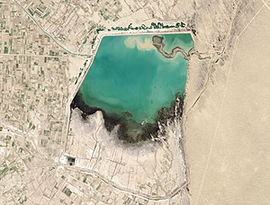 Karakum Canal - Garagum Canal (lower right) and the Hanhowuz Reservoir, 2014. Click to enlarge.