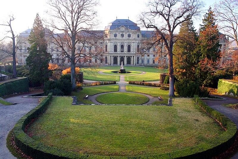 Vaizdas:Hofgarten Residenz.jpg