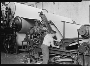 History of papermaking in Massachusetts - Making matchboard at the American Writing Paper Co., Mt. Holyoke, MA (ca 1940)