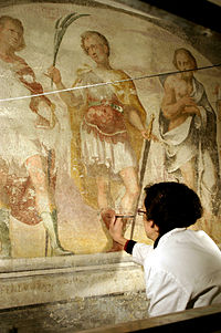 IMG 6171 - MI - Sant'Eustorgio - Sottocoro - Restauratrice - Foto Giovanni Dall'Orto - 1-Mar-2007.jpg