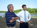 Illinois Congressman Aaron Schock at Beardstown River in 2009.PNG