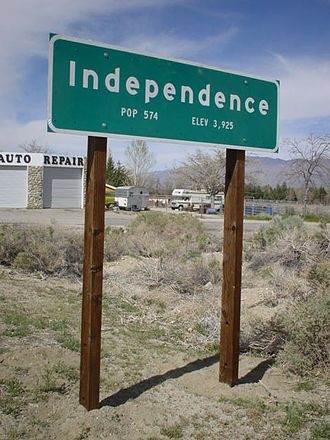 Independence, California - Independence town sign