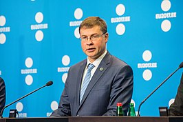 Dombrovskis in 2017