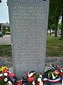 Inscriptie van het oorlogsmonument te Rosmalen.jpg