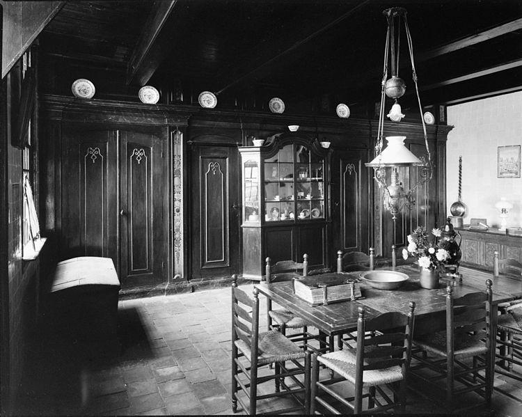 File interieur grote kamer museum boerderij ruinerwold for Kamer interieur