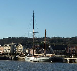 Irene alongside Pooles Wharf, Bristol, January 2014.jpg