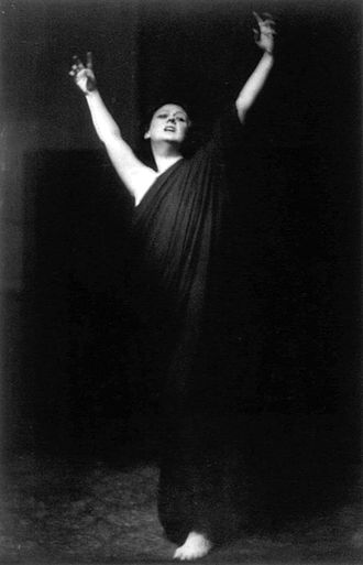 Isadora Duncan - Photo by Arnold Genthe of Duncan performing barefoot during her 1915–1918 American tour