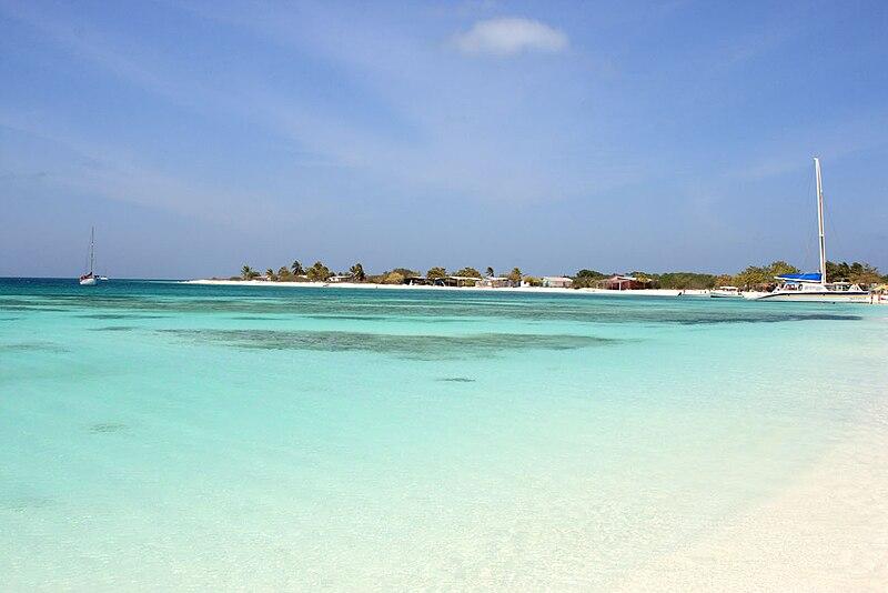 File:Island Crasqui.JPG