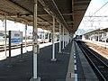 JRShikoku-Tadotsu-station-platform-20100804.jpg