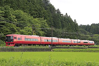 Nikkō (train) - A 253-1000 series EMU on a Nikko service in June 2017