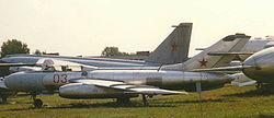 Jak-25
