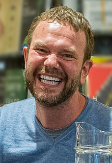 James O'Brien at the 2019 Chiswick Book Festival.jpg