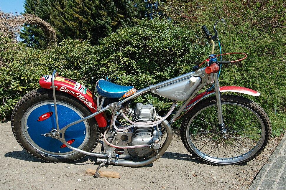 Jawa Speedway 500 01