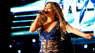 Music genre - Image: Jennifer Lopez Pop Music Festival (35)