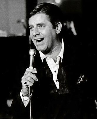 Jerry Lewis - Lewis performing