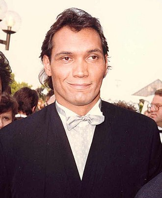 Jimmy Smits - Smits at the 39th Annual Emmy Awards in 1987