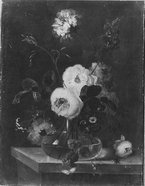 File:Johann Baptist Drechsler - Blumenstillleben (Rosen mit Biene und Schmetterling in einer gläsernen Vase) - 5847 - Bavarian State Painting Collections.jpg