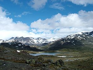 Jotunheimen mountains near Memurubu.jpg