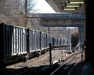 Bergen Hill - Freight in Bergen Hill Cut