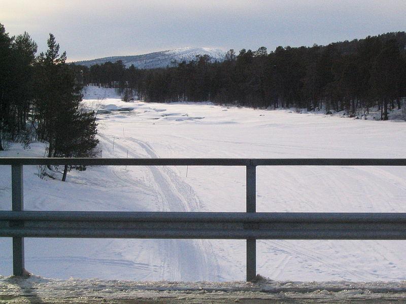 File:Juutuanjoki.JPG