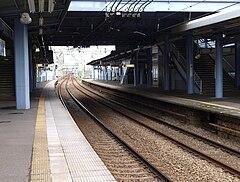 ホーム(2010/8/9). 花月園前駅(