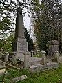Kensal Green Cemetery (40590314603).jpg