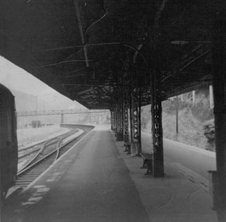Kingswear railway station - The platform and canopy in 1970.
