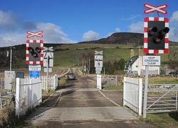 Kirkton level crossing 2011 (13175321545).jpg