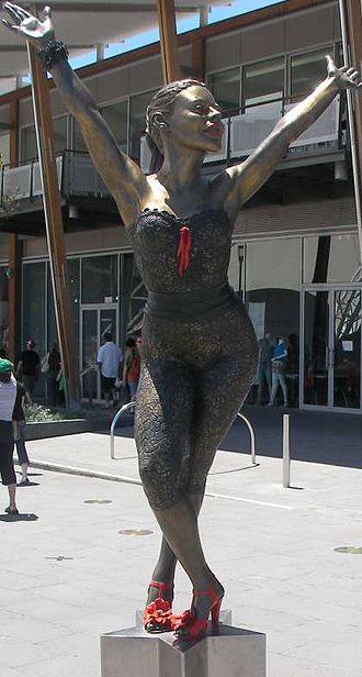 Peter Corlett - Image: Kylie minogue statue at waterfront city