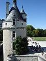 L'avant-cour et la tour des Marques , château de Chenonceau.JPG