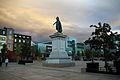 La place de Jaude et la statue du général Desaix.jpg