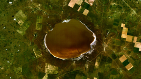Lake Elton, Volgograd satellite photo.png