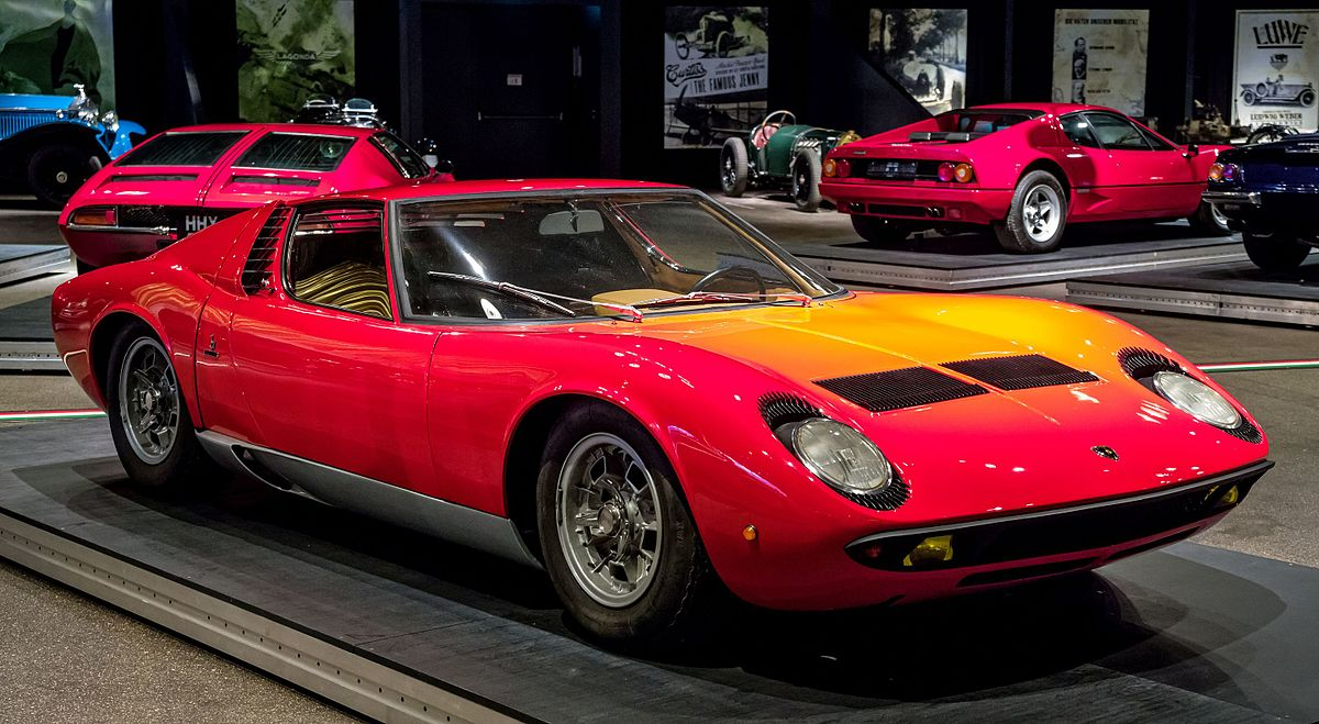 Lamborghini miura race car