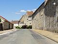 Le Bellay-en-Vexin - Grande rue 01.jpg